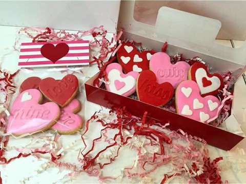 Heart Cookie Boxes -Bags 15,000 LL - Box 20,000 LL