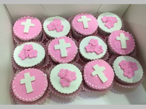 Baptism Themed cupcakes