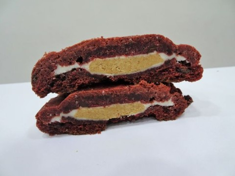 red velvet white reese's filled 4,000 LL