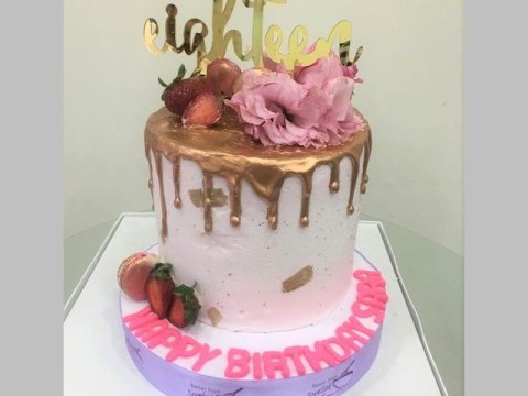 Rose gold strawberry cake