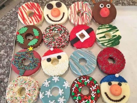 Christmas doughnuts 4,500 EACH