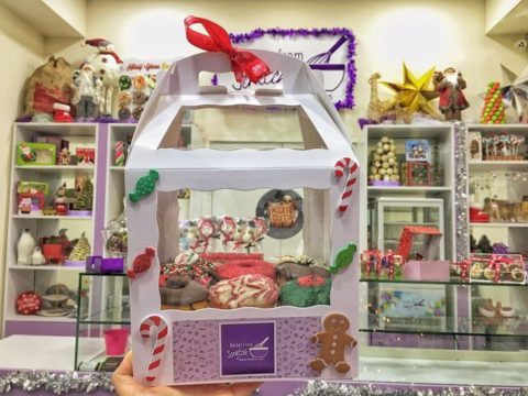 Christmas doughnut box