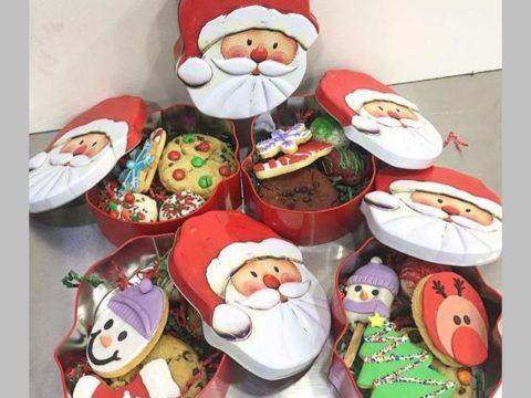mixed christmas tin boxes 35,000 LL