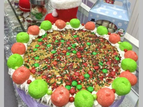 Christmas giant cookie 75,000 ll