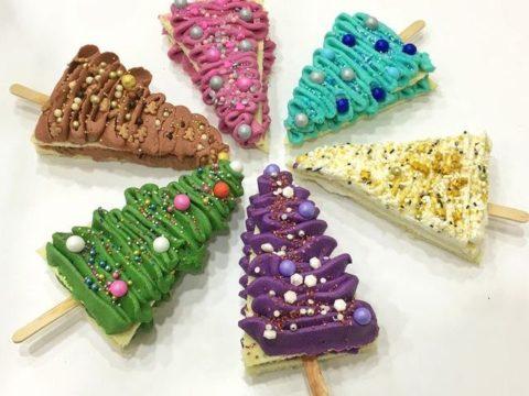 tree cake 6,000 Ll each