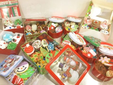 mixed christmas boxes 35,000 ll
