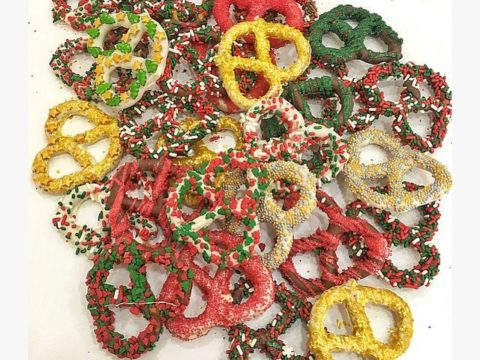 giant Christmas pretzels 2,000 LL each