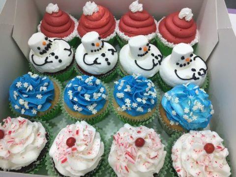 christmas cupcake 5,000 LL each