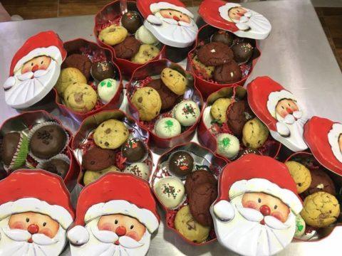 Christmas boxes 35,000 LL