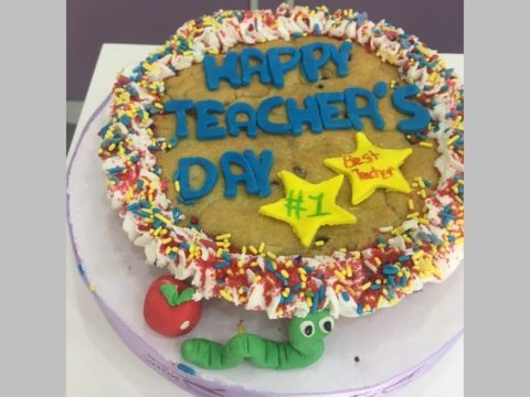 teacher's day giant cookie 70,000 ll each