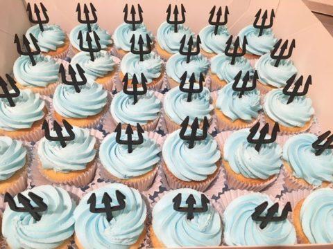 aqua man cupcakes
