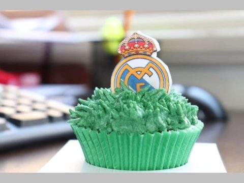 real Madrid cupcake