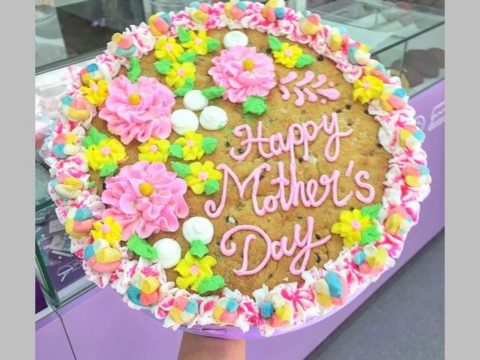 Mother's day giant cookie 70,000 LL each 2