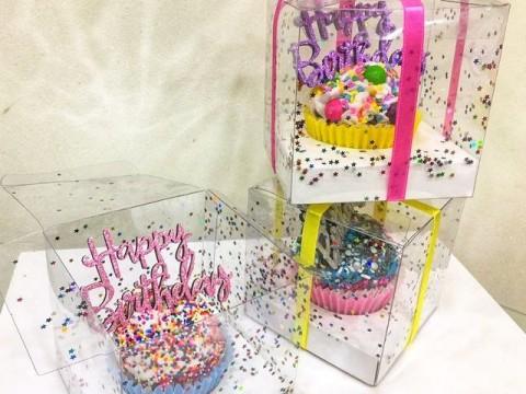 Birthday cupcake box