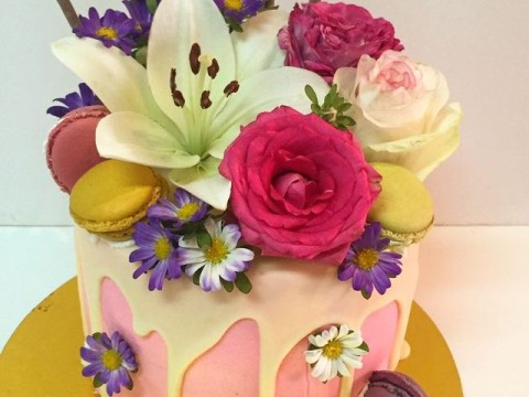 Colorful flower cake