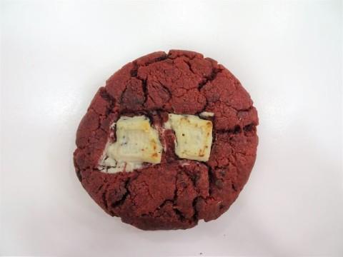 Red Velvet Cookies & Cream 2,500 LL