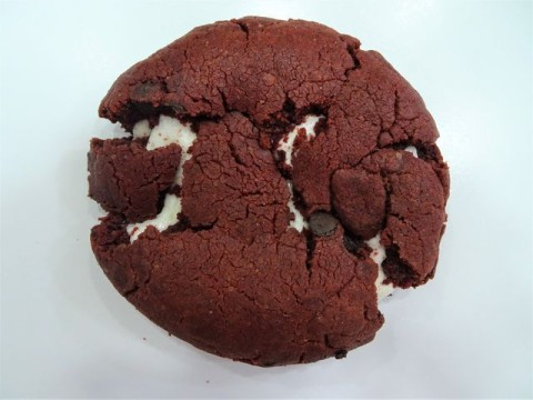 Red Velvet Marshmallow 2,500 LL
