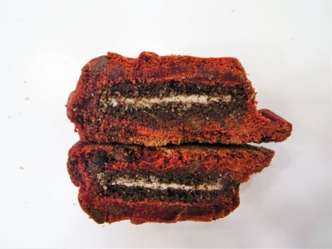Red Velvet oreo filled  4,000 LL