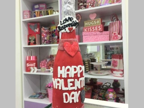 Valentine Breakable Bottle 75,000 LL
