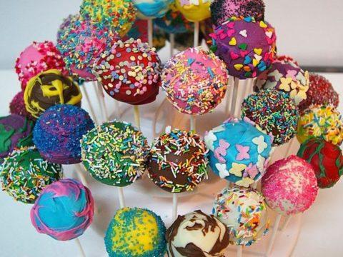 Multicolor Cake Pop