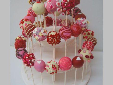 Valentine's Day Pop Cakes