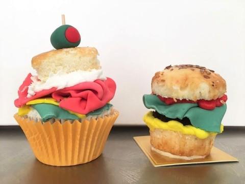 Burger & sandwich cupcake