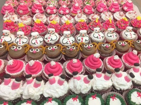 christmas cupcakes 5,000 LL EACH