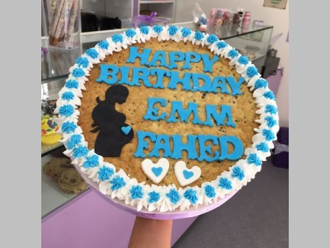 birthday cookie 70,000 LL each