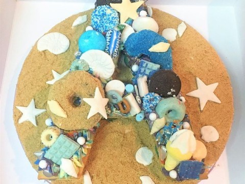 Letter sugar cookie cake 45,000 LL each