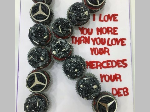 Mercedes cupcakes