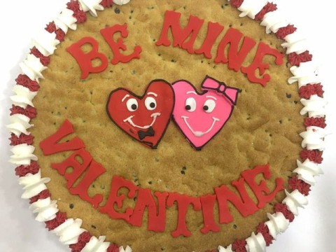 Valentine giant cookie 70,000 LL