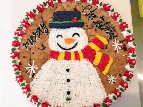 Winter themed cookie 75,000 LL each