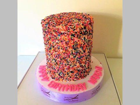 Big pinata cake