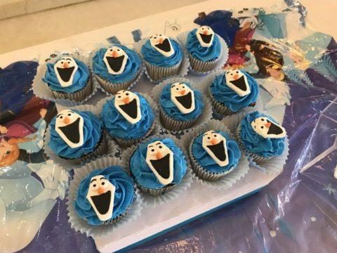 customized cupcakes
