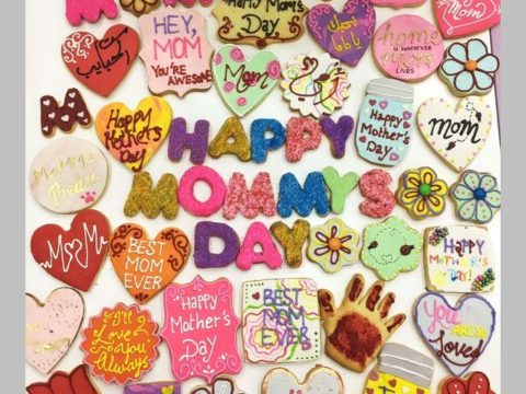 Mother's Day Sugar Cookie 4,500 LL each