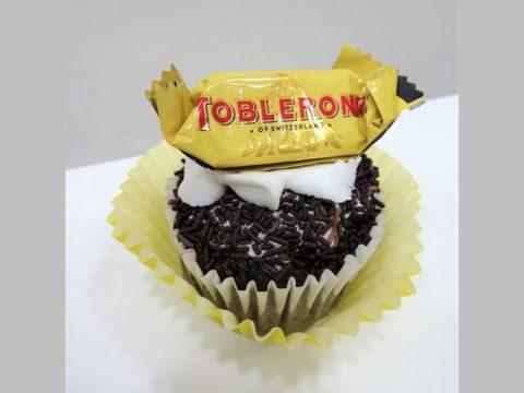 Tobleron cupcake 5,000 LL each