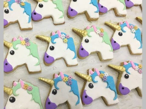 Unicorn Cookies 4,500 LL each