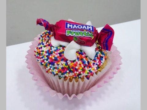 candy cupcake 5,000 LL each