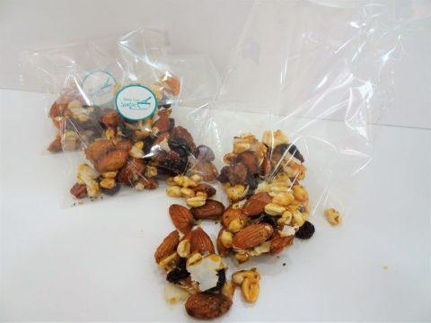 cranberry almonds granoula protien bites