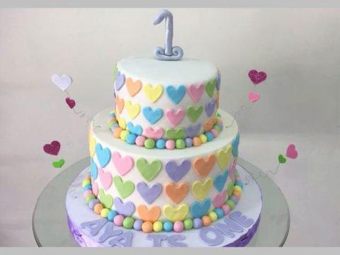 small hearts cake