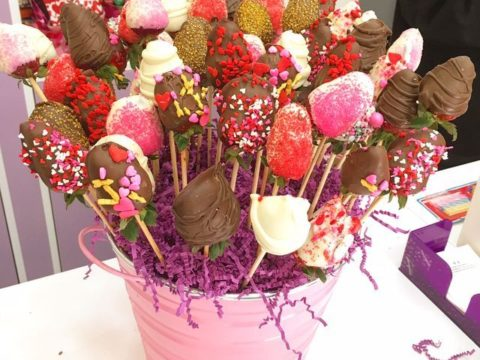 strawberry bouquet 90,000 LL